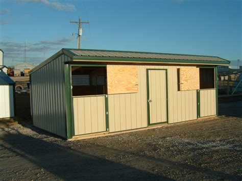 horse shed double stall  tack feed room