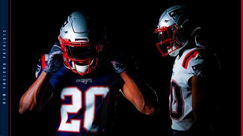 patriots unveil  uniforms    season