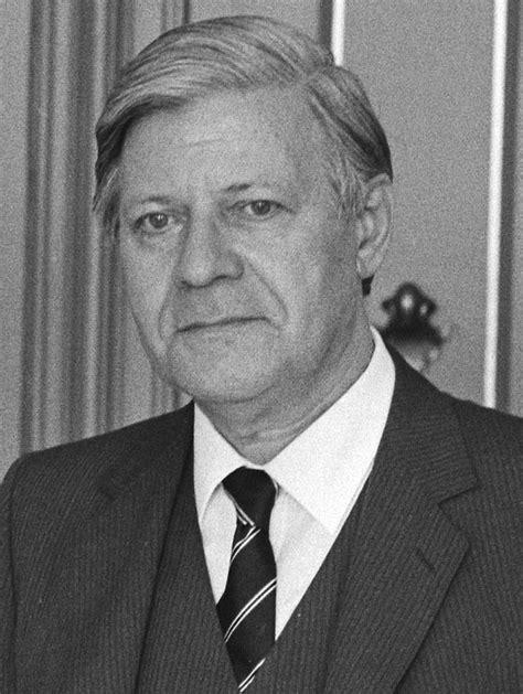 Helmut Schmidt - Turkcewiki.org