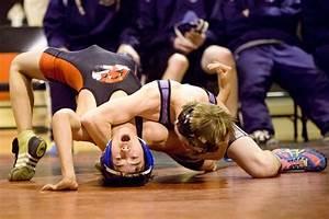 Hawk pride: Bozeman matmen trounce Butte Bulldogs | Prep ...
