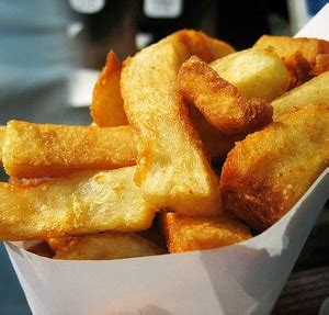 how to make fries out of potatoes soaking is key for perfect homemade french fries