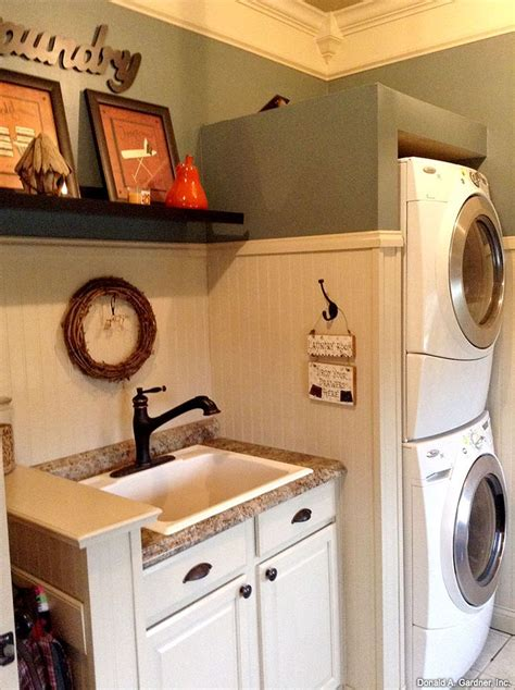 Sinks For Laundry Room - best 25 utility sink ideas on small laundry