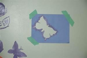 Schablonen Für Die Wand : wandmuster selber streichen idee mit farbe und schablone ~ Watch28wear.com Haus und Dekorationen
