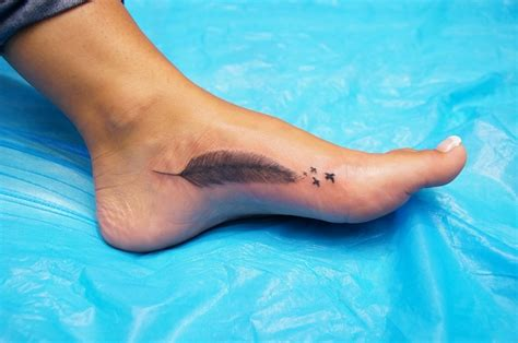 Tatouage Plume Pied Best Tatouage Pied Femme Destin