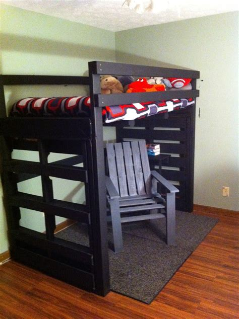 loft bed  chair   pallets  cycled