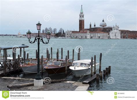 Boat Prices In Venice by Boats In Venice Stock Photos Image 35199093