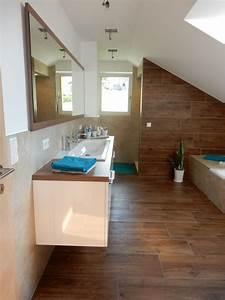 Boden Für Badezimmer : wohlf hlbad fliesen gerald ~ Markanthonyermac.com Haus und Dekorationen