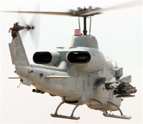 Bell Ah-1 Supercobra Attack Helicopter Image (pic12