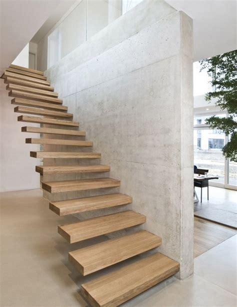 desain tangga minimalis bagi incom