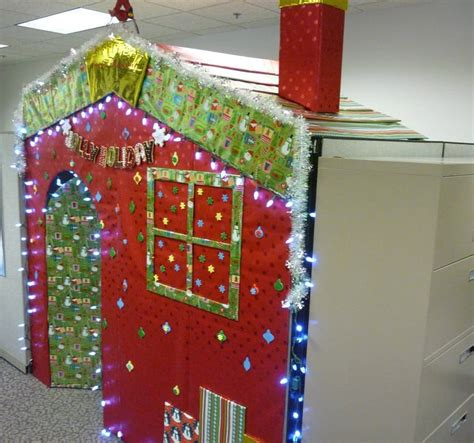 holiday decorating ideas   office cubicle