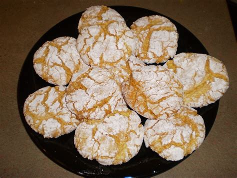 Learn all about the traditional christmas cookies from european countries including bulgaria, croatia, czech republic, hungary, lithuania, poland, romania, and serbia. One Simple Country Girl: Lemon Snowflake Cookies
