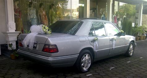 Modifikasi Bentley Flying Spur by Dsign Wedding Car