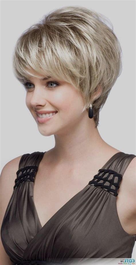 coupes courtes femmes 2018 coupe courte femme 2018 tendance coiffure simple et facile