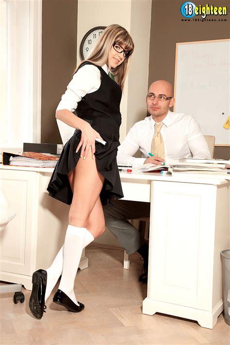 Schoolgirl Gina Gerson anal sex photos with teacher - Pichunter