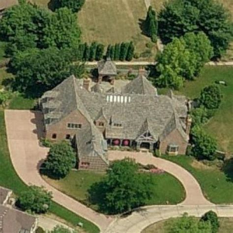shahid khans house virtual globetrotting
