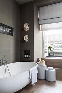 Badezimmer Putzen Tipps : so bringen sie ordnung ins bad flaconi magazin ~ Lizthompson.info Haus und Dekorationen