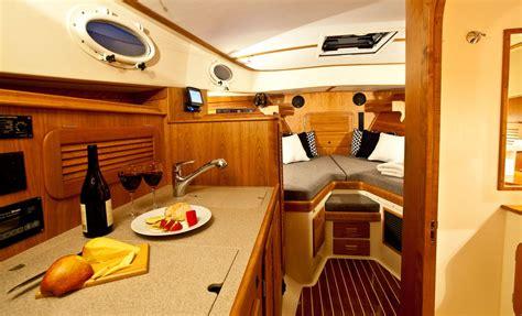 picnic boat  mkiii hinckley yachts