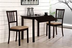 Nice compact dining table on dining room tables for small for Dining tables for small apartments