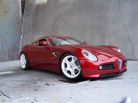 Alfa Romeo 8c Competizione Red Welly Diecast Model Car 1