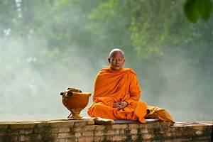 Was Bedeutet Zen : buddhismus im alltag br uche achtsamkeit integrieren ~ Frokenaadalensverden.com Haus und Dekorationen
