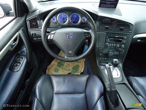nordkap blackblue  metallic interior  volvo   awd photo  gtcarlotcom