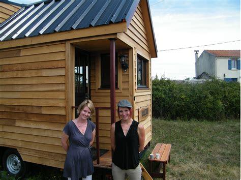 maison des petites lucioles une tiny house 224 la fran 231 aise nomm 233 e baluchon 2 232 me partie tiny house