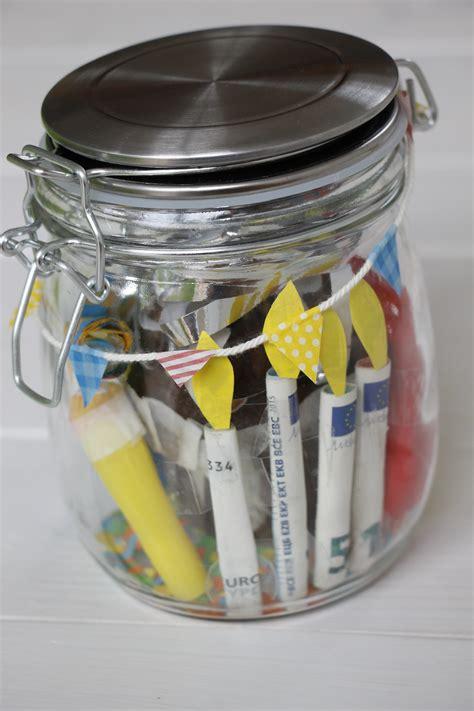 geldgeschenke im glas geldgeschenke basteln eine idee f 252 r geldgeschenke zum geburtstag lavendelblog