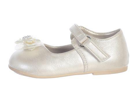 infant girls ivory shoes  bow
