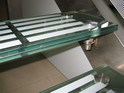 glass stair treads Australia, non slip glass flooring