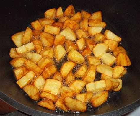 fried potatoes ojakhuri family meal georgian recipes