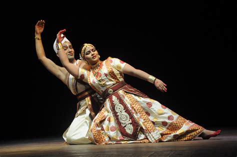 Ramkrishna Talukdar and Krishnakshi Kashyap performing Sat ...