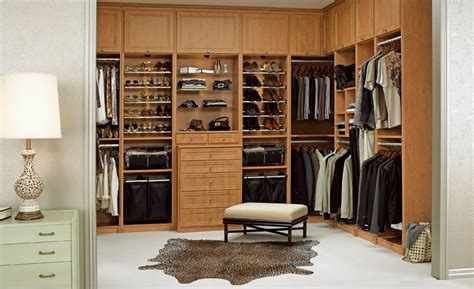 walk in closet decorating ideas 16 best ways to go