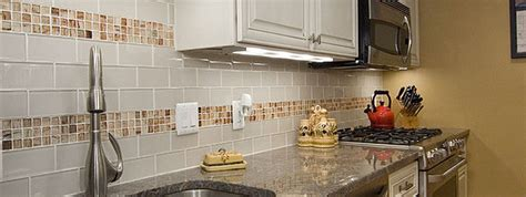 white glass subway tile white glass subway backsplash photos backsplash
