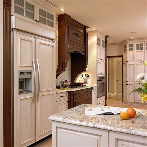 mobilier de cuisine en bois massif meubles cuisine bois massif plan de travail cuisine bois