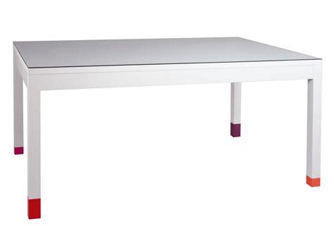 la table a manger table 224 manger pied riez mobilier les pieds sur la table
