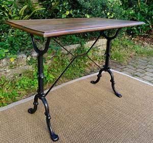 Table Bistrot Ancienne : bistro table ancienne pieds en fonte et plateau rectangulaire en chene ~ Melissatoandfro.com Idées de Décoration