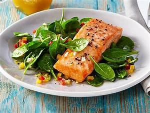 Salat Mit Geräuchertem Lachs : lachs auf spinat salat rezept lecker ~ Orissabook.com Haus und Dekorationen