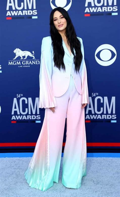 Kacey Musgraves Wins Big At The Academy of Country Music ...