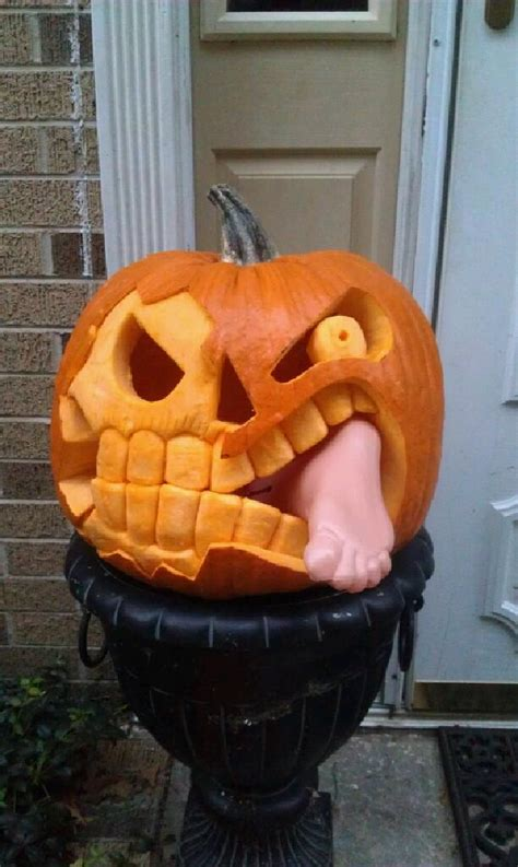 carved pumpkin ideas 700 free last minute halloween pumpkin carving templates and ideas digsdigs