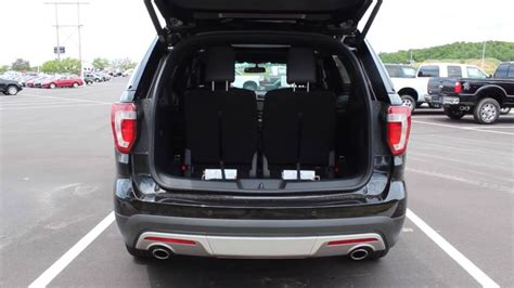 How To Fold Third-row Seats Manually In A 2016 Ford