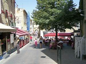 Garage Salon De Provence : salon de provence information france ~ Gottalentnigeria.com Avis de Voitures