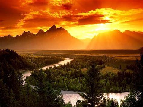 Amazing Sunrise wallpaper | 1600x1200 | #7876