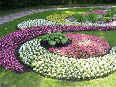 flower bed layouts 66 beautiful flower beds with pretty layout ideas for front yard fres hoom
