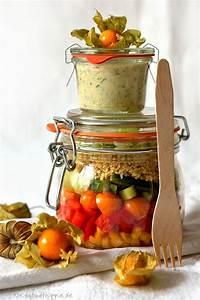 Salatbox Zum Mitnehmen : salat to go mit physalis und bulgur vegane rezepte von ~ A.2002-acura-tl-radio.info Haus und Dekorationen