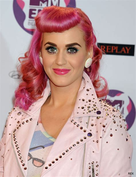 Katy Perrys 13 Boldest Hair Looks Styleicons