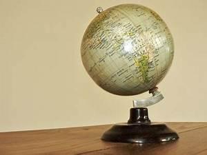 Globe Terrestre Sur Pied : globe terrestre pied en bakelite ~ Teatrodelosmanantiales.com Idées de Décoration