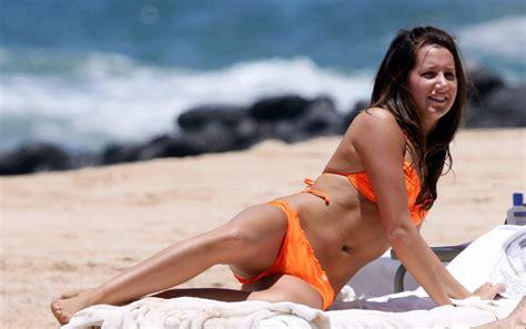 Diary LifeStyles: Ashley Tisdale   Orange  at the