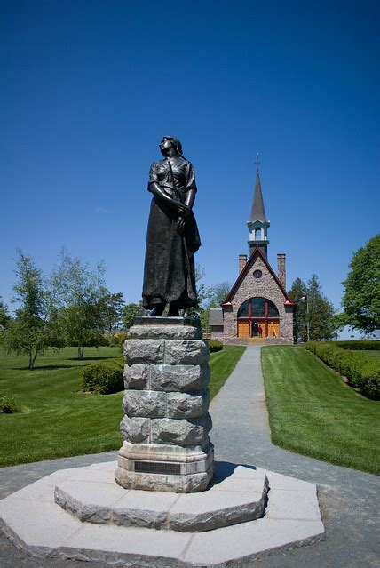 Statue of Evangeline and Memorial Church Grand Pré Nova