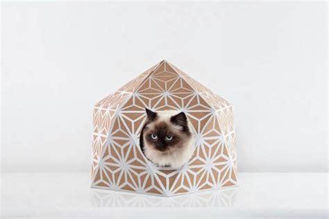 cartonnage pied de le cat cube des maisonettes pour chats en recycl 233