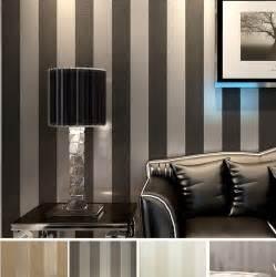 lila tapete schlafzimmer modernen schwarzen tapete gestreift lila und silber glitter tapeten rolle für wand wohnzimmer